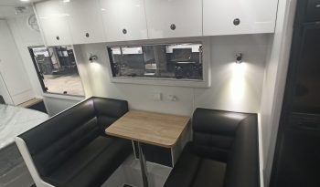 Network RV 19'6 Angle Kitchen Off Road 2021 full