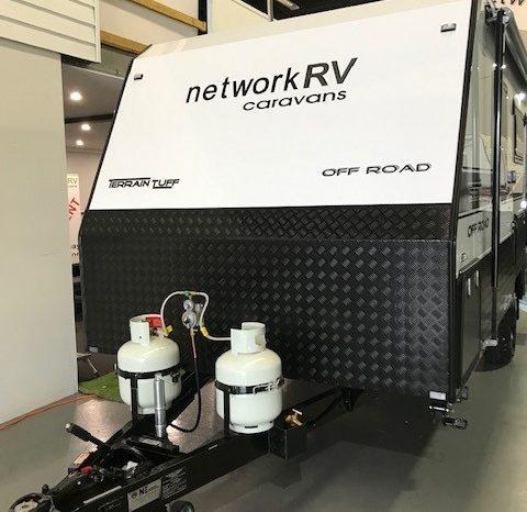 Network RV Terrain Tuff 17'6 full